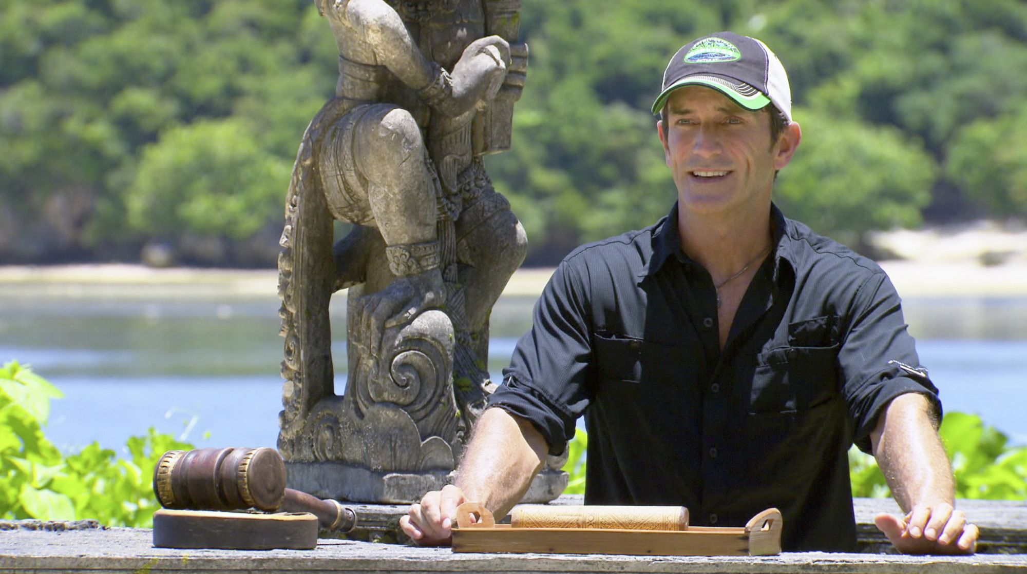 Jeff Probst in Season 28 Episode 10