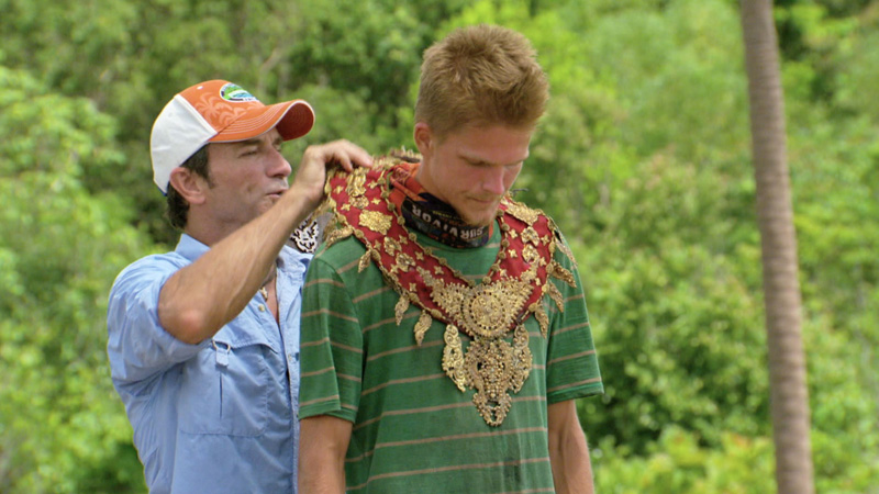 6. What did Spencer and Jeremy do after they wore their Immunity necklaces?