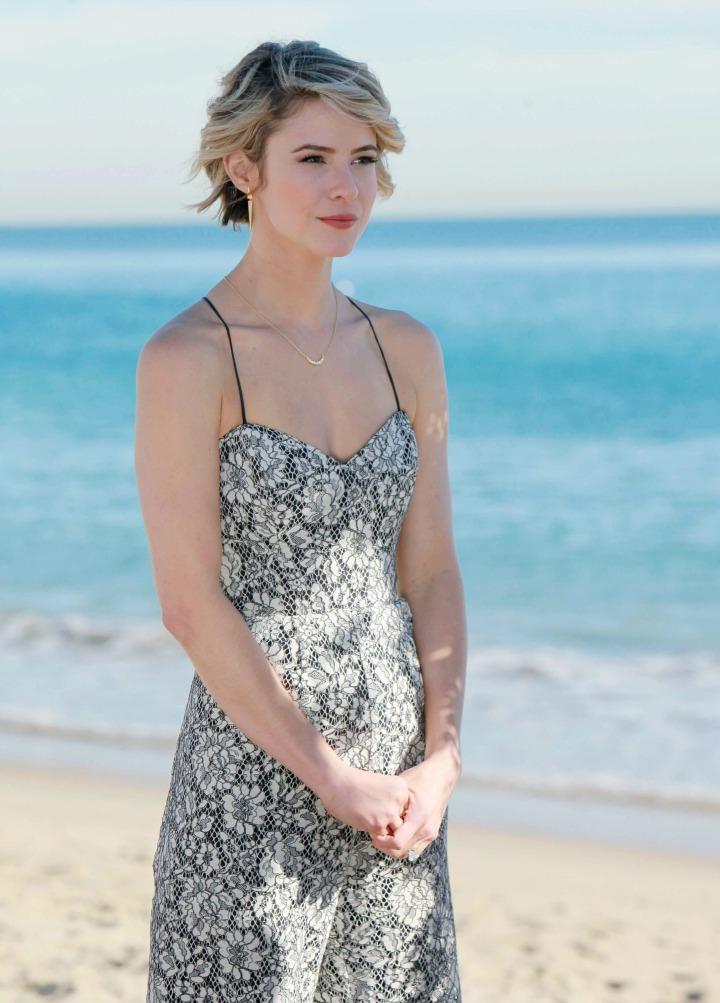 Caroline effortlessly masters beach wedding style.