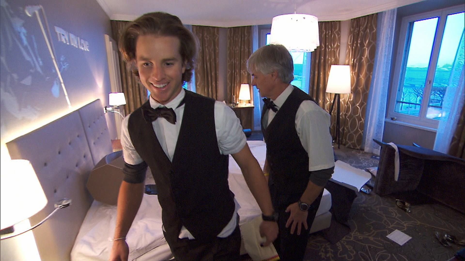 Cleaning hotel rooms in Season 24 Episode 9