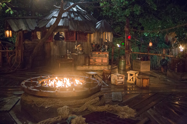 Survivor: Worlds Apart Tribal Council