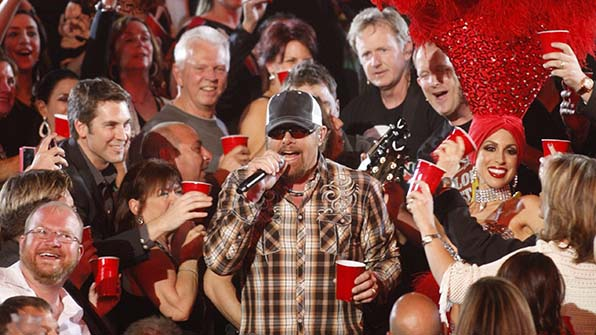 When Toby Keith boozed it up with the audience.