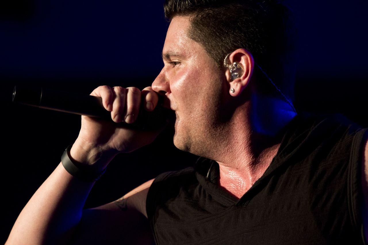Lead Singer Chris Dow