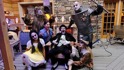 Brilliant Halloween Costume Hacks From MacGyver's Own Costume Designer