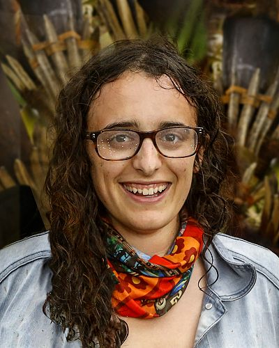 Woman zeke as a Survivor's Jeff