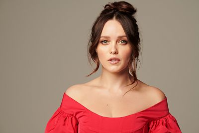 Rebecca Breeds Glams Up In These Gorgeous New Fashion Photos